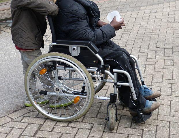 Handicap et un enfant : causes, problèmes, solutions, aides…